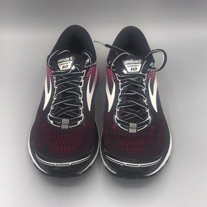 EUC Brooks Ghost 10 running shoes size 7